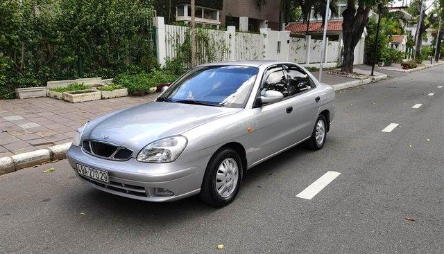 Bán Daewoo Nubira II xám bạc 2003, mới 90%