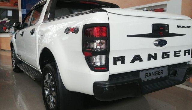 Bán xe Ford Ranger Wildtrak đời 2019, màu trắng, nhập khẩu