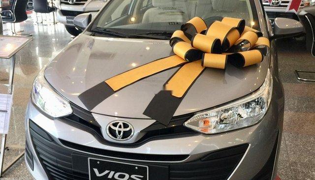 Bán xe Toyota Vios sản xuất năm 2019, màu vàng, 470tr