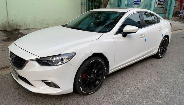 Bán Mazda 6 năm 2017, màu trắng, nhập khẩu nguyên chiếc