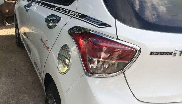 Bán ô tô Hyundai Grand i10 đời 2015, màu trắng, xe nhập, xe gia đình, giá cạnh tranh