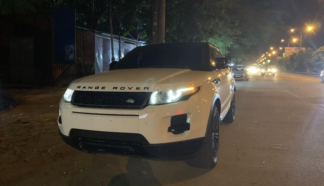 Bán xe LandRover Evoque đời 2013, màu trắng, một chủ đi từ đầu