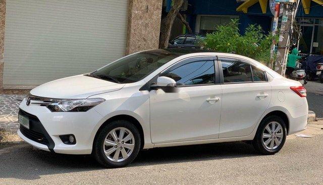 Bán Toyota Vios GAT đời 2017, màu trắng