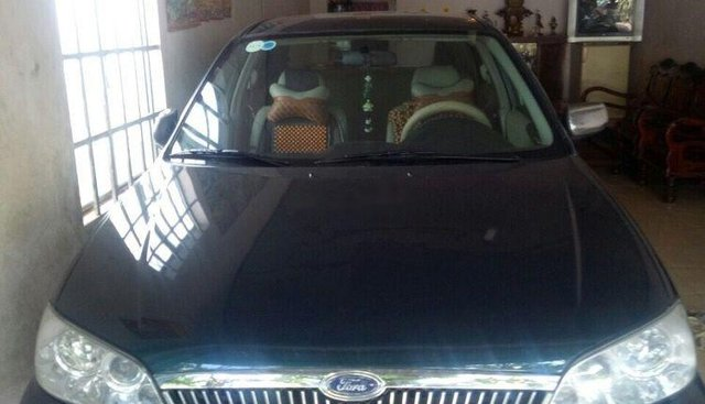 Cần bán xe Ford Laser năm sản xuất 2002