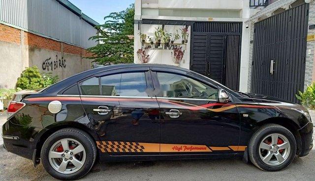 Bán Chevrolet Cruze đời 2010, màu đen chính chủ