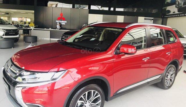 Mitsubishi Outlander Chương trình tháng 8 giảm đến 51 triệu.