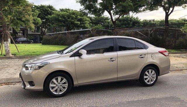 Bán Toyota Vios năm 2017, màu vàng số sàn, giá chỉ 425 triệu