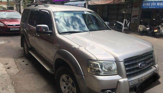 Cần bán gấp Ford Everest sản xuất năm 2008, xe nhập số sàn, giá 373tr