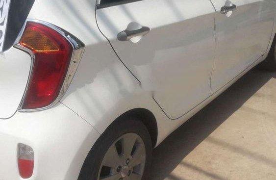 Xe Kia Morning MT năm sản xuất 2013, màu trắng