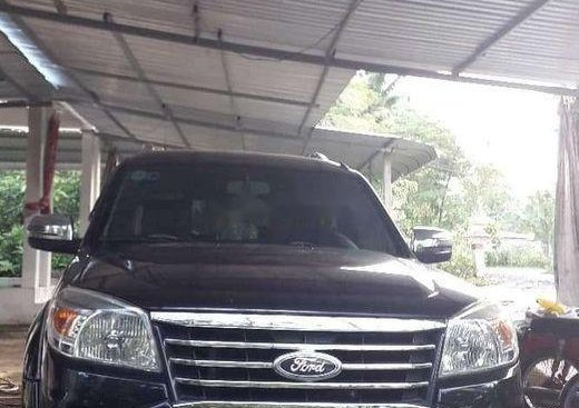 Chính chủ bán xe Ford Everest 2012, màu đen, nhập khẩu