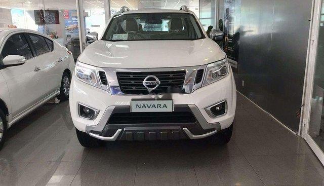 Bán Nissan Navara VL Premium sản xuất năm 2019, màu trắng, nhập khẩu