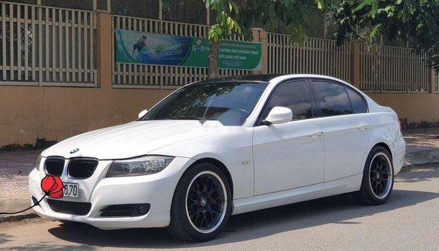 Cần bán lại xe BMW 3 Series 320i đời 2010, màu trắng, xe nhập