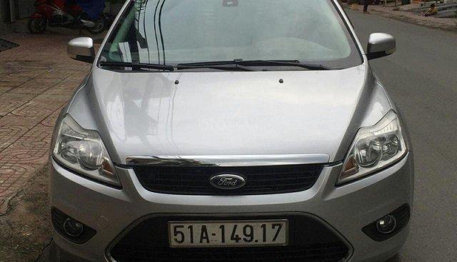 Bán xe Ford Focus 2.0 2011, màu bạc, giá chỉ 368tr. Liên hệ: 0917174050 Thanh