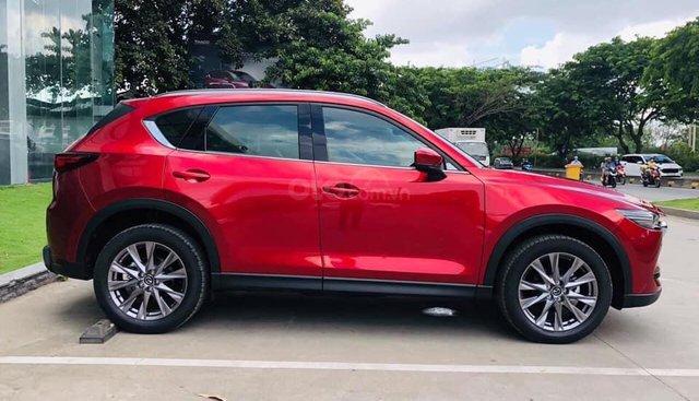 Cuối tháng 8  giá xe CX5 Mazda giảm giá mạnh sâu nhất tại Hà Nội >100tr , hỗ trợ đăng kí, BHVC
