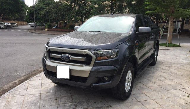 Cần bán xe Ford Ranger XLS 2.2AT đời 2016, nhập khẩu, giá 569tr