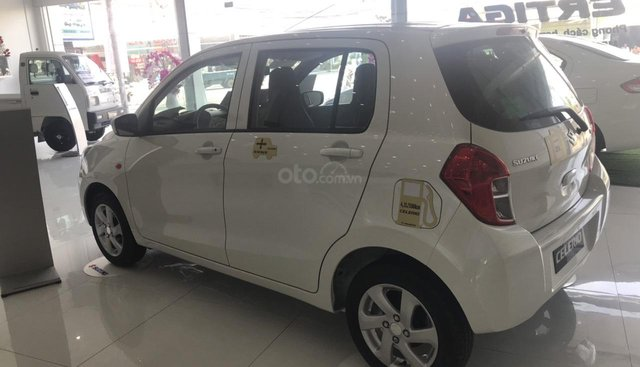 Bán Suzuki Celerio đời 2019, màu trắng, nhập khẩu nguyên chiếc Thái Lan, giảm ngay 15 triêu đồng