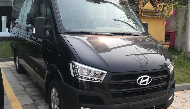 Bán Hyundai Solati 2019, đủ màu, hỗ trợ trả góp 80% tại Quảng Bình