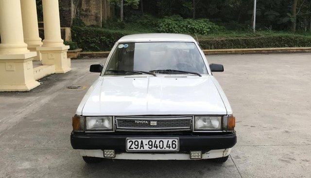 Bán Toyota Corona 1.6MT 1994, màu trắng
