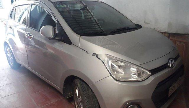 Bán Hyundai Grand i10 sản xuất 2015, màu bạc, nhập khẩu