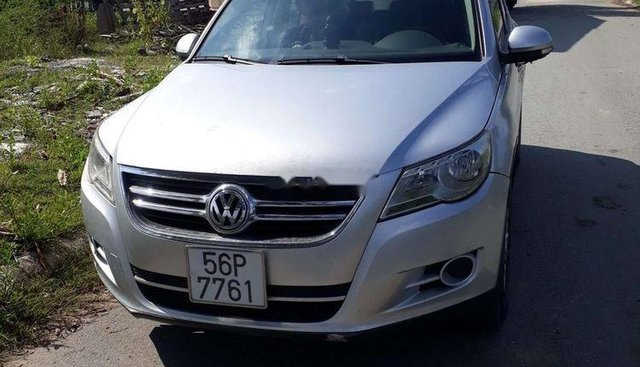 Bán Volkswagen Tiguan 2009, màu bạc, nhập khẩu