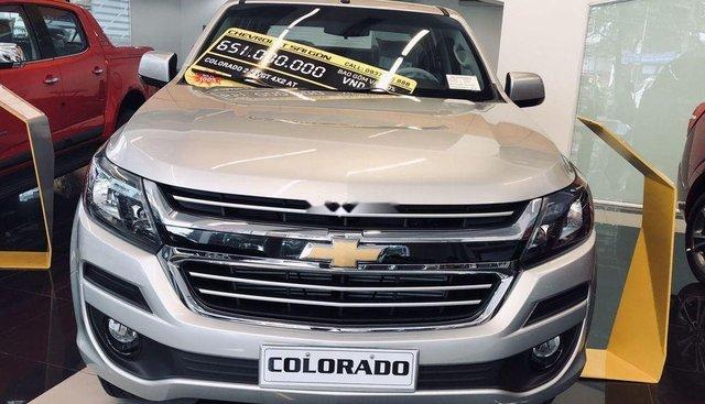 Bán Chevrolet Colorado đời 2019, màu bạc, xe nhập