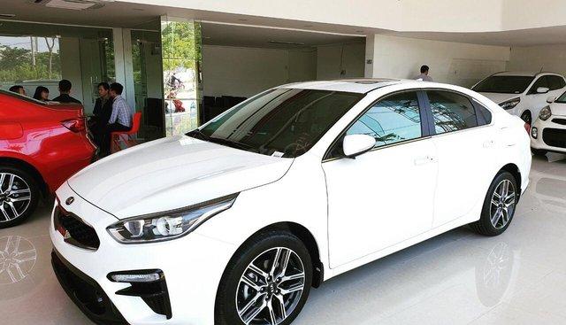 Kia Cerato khuyến mãi lên đến 30.000.000Đ trong tháng 8/2019
