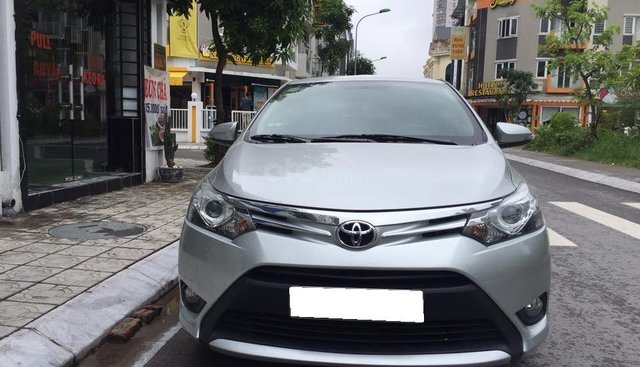 Bán Toyota Vios G năm 2017, màu bạc