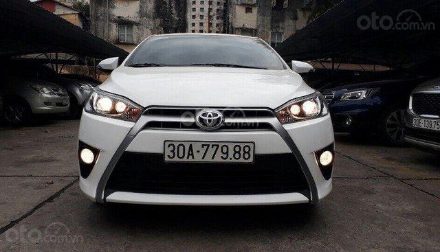 Cần bán Toyota Yaris G sản xuất 2015, màu trắng, nhập khẩu nguyên chiếc
