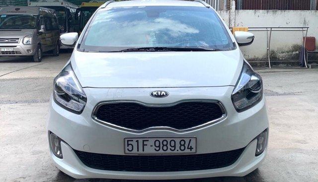 Bán xe Kia Rondo GAT 2.0 năm sản xuất 2016, màu trắng