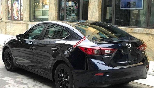 Bán Mazda 3, đời 2018, đã đi 11.000km