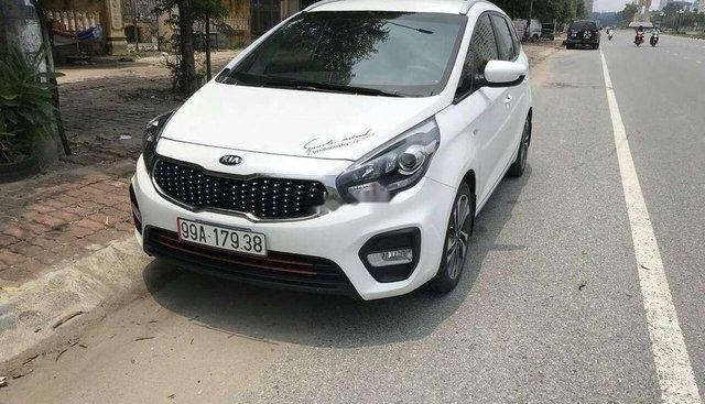 Bán ô tô Kia Rondo đời 2017, màu trắng, xe nhập số sàn