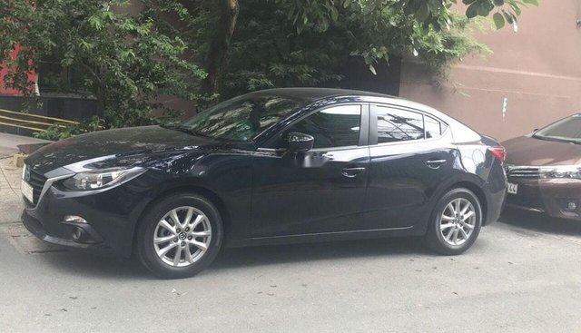 Bán Mazda 3 đời 2016, màu đen xe gia đình, 560 triệu