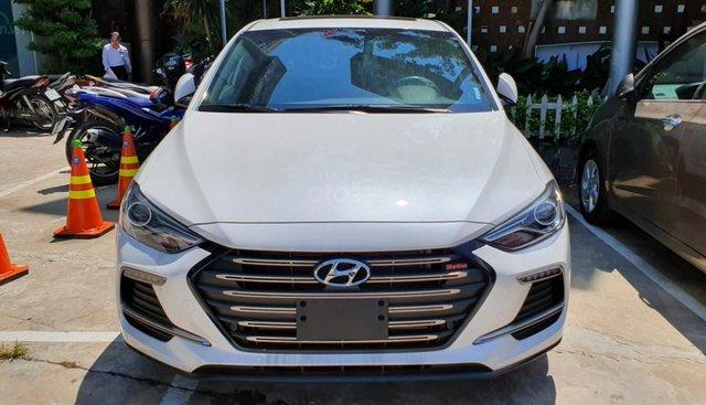 Với 180tr giao ngay Hyundai Elantra năm sản xuất 2019, giá chỉ 635 triệu, NH hỗ trợ 80%