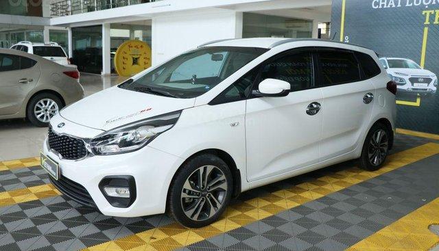Cần bán xe Kia Rondo GMT 2.0MT 2017, màu trắng, giá 528tr