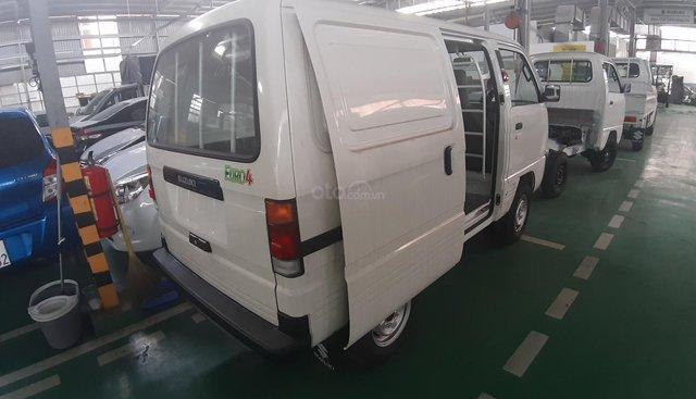 Suzuki Blind Van chạy giờ cấm tải