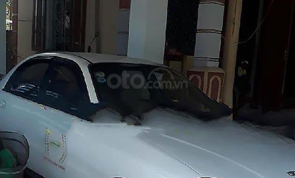Bán Daewoo Lanos LS sản xuất năm 2003, màu trắng, giá 60tr