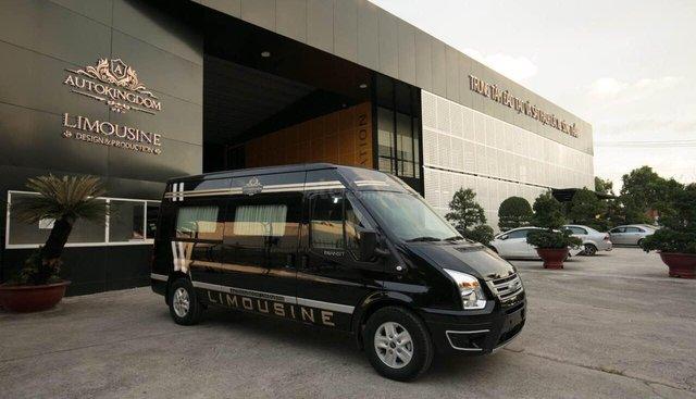 Bán xe Ford Transit Limousine 2019 giá sốc