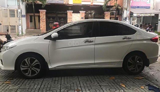 Chính chủ bán Honda City 1.5 AT 2016, màu trắng