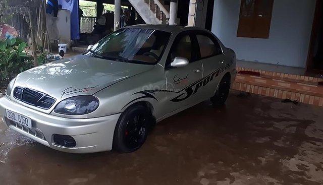 Cần bán Daewoo Lanos SX sản xuất 2002, màu bạc, giá 50tr