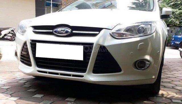 Bán xe Ford Focus S 2.0 AT năm sản xuất 2013, màu trắng