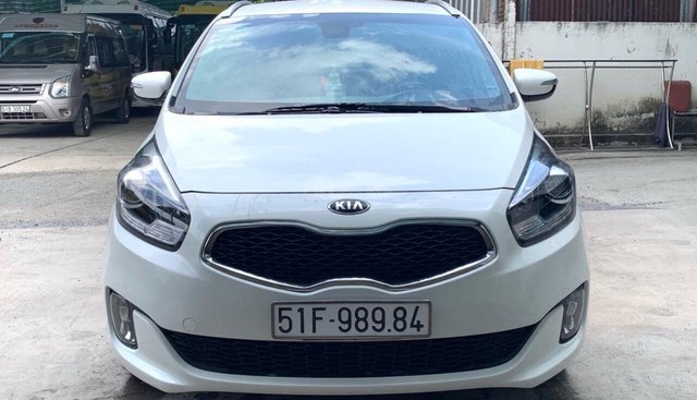 Bán xe Kia Rondo GAT 2.0AT năm 2016, màu trắng, biển SG