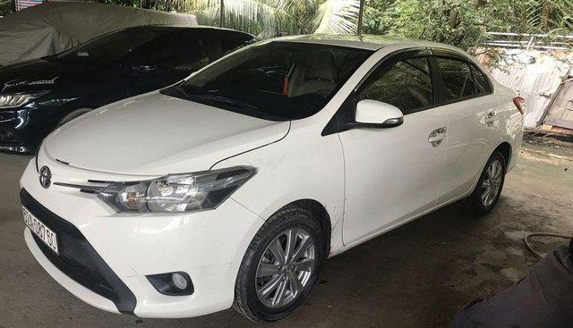 Bán xe Toyota Vios 2017, đăng ký 2018, màu trắng