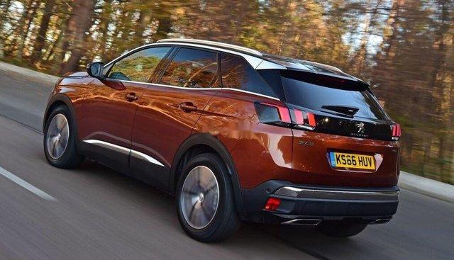 Cần bán xe Peugeot 3008 1.6 Turbo đời 2019, màu đồng