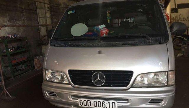 Gia đình bán Mercedes MB đời 2004, màu bạc, nhập khẩu