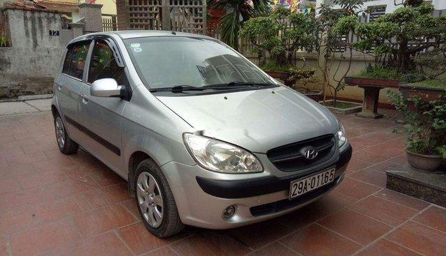 Gia đình bán Hyundai Getz 2010, màu bạc, xe nhập
