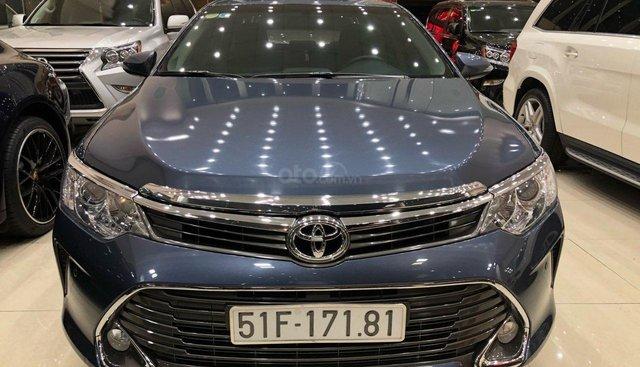 Cần bán Toyota Camry 2.5Q model 2016