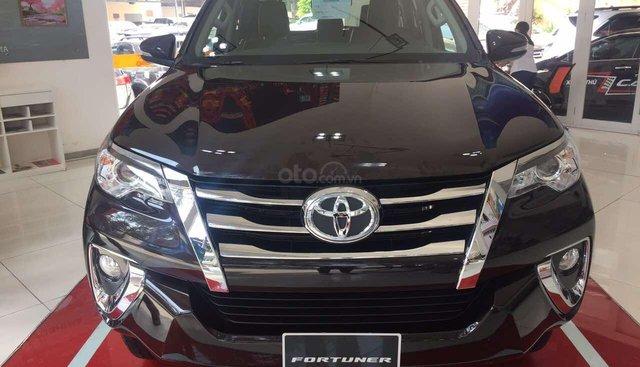 Toyota Fortuner 2.7V (4X2) đời 2019, màu nâu, xe nhập khẩu giao ngay