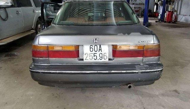 Cần bán xe Honda Accord sản xuất 1990, màu xám số sàn, giá cạnh tranh