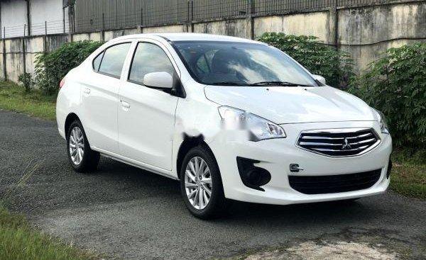 Bán ô tô Mitsubishi Attrage năm sản xuất 2019, màu trắng, nhập khẩu
