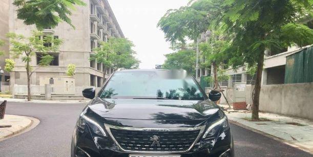 Bán Peugeot 5008 AT đời 2018 chính chủ